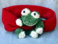 Fleecemütze und Schal mit Frosch