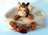 Fleecemütze und Schal mit Giraffe