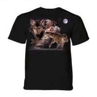 Arapaho Moon Native American Wolf T-Shirt