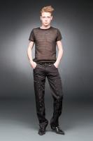 Schwarze Hose mit kleinen Nieten